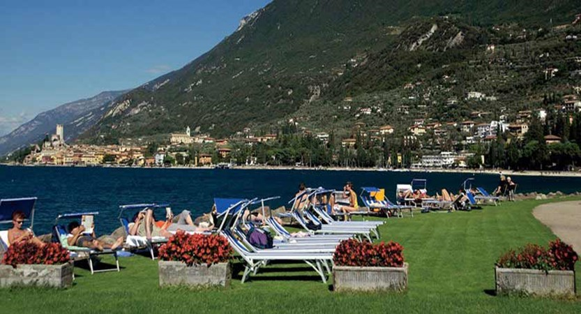 Hotel Capri, Malcesine, Lake Garda, Italy - Sunbathing area.jpg