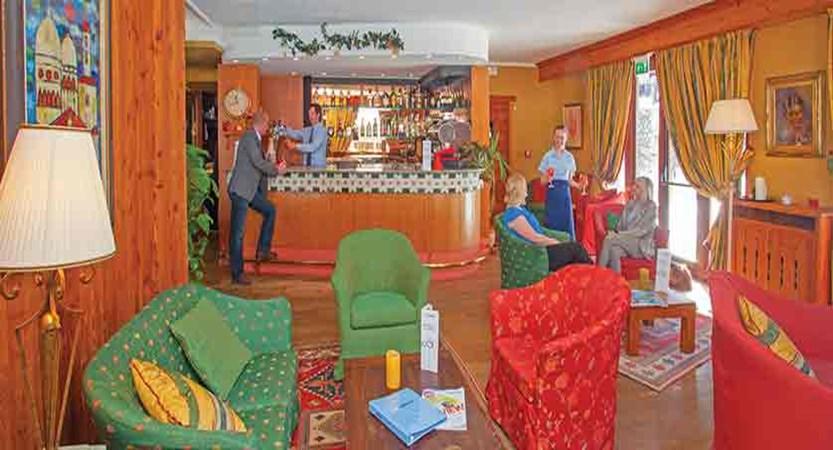 Chalet Hotel du Champoluc, Champoluc, Italy - Bar