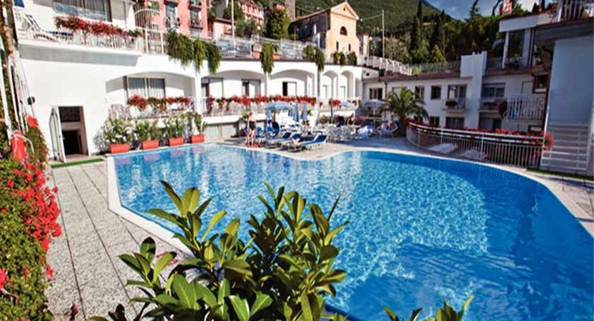 Excelsior Bay Hotel, Malcesine, Lake Garda, Italy - Outdoor pool.jpg