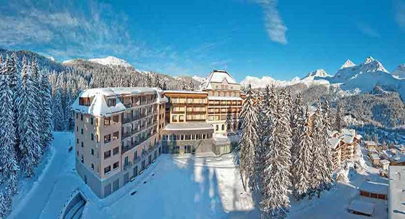 Switzerland_Graubünden-Ski-Region_Arosa-Lenzerheide_Hotel_Waldhotel_exterior2.jpg
