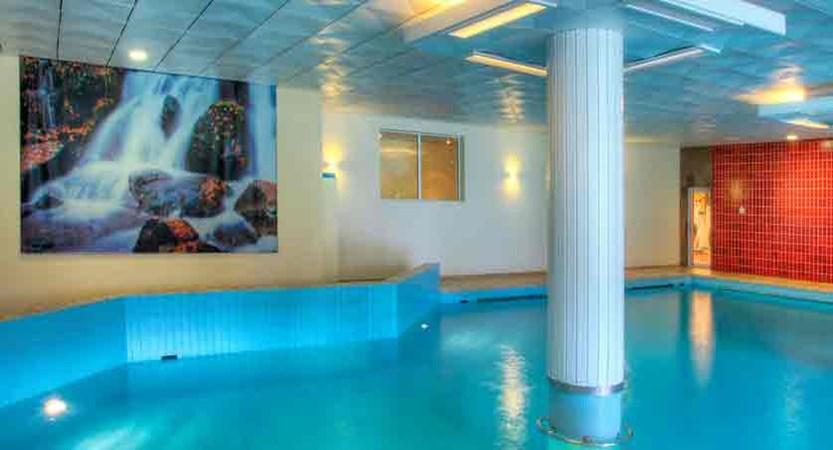 switzerland_davos_sunstar-alpine-hotel_indoor-pool.jpg