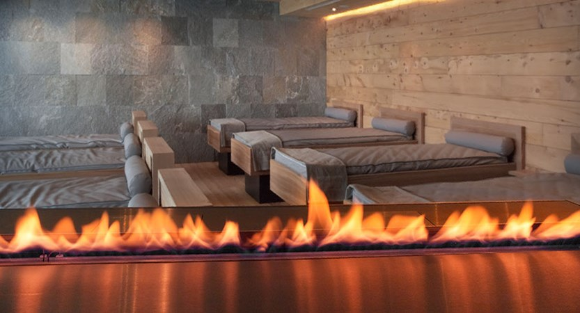 Switzerland_St-Moritz_Hotel-Kulm_Relaxation-room.jpg