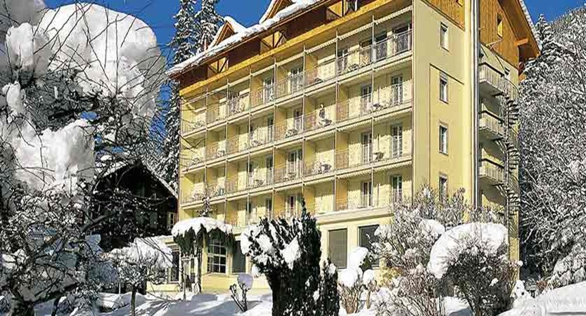 Switzerland_Wengen_Hotel_Wegnerhof_exterior.jpg
