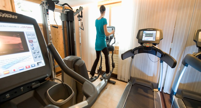 Switzerland_Wengen_Hotel-Beausite-Park-Jungfrau-Spa_fitness-room.jpg