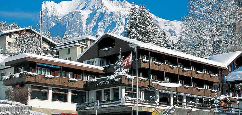 Switzerland_Grindelwald_Hotel-Jungfrau-lodge_Exterior-winter2.jpg