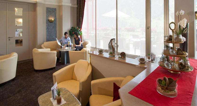 switzerland_jungfrau-ski-region_grindelwald_hotel-belvedere_lobby.jpg
