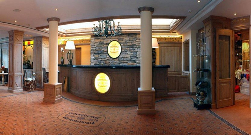 switzerland_grindelwald_romantik-hotel-schweizerhof_reception-lobby.jpg