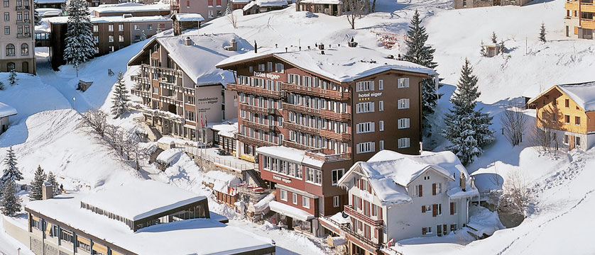 Switzerland_Murren_Hotel-Eiger_Exterior-winter.jpg