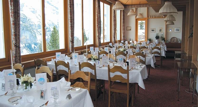 Switzerland_Murren_Hotel-Eiger_Main-dining-room.jpg