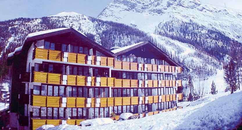 Switzerland_Saas-Fee_Hotel_Sasserhof_exterior2.jpg