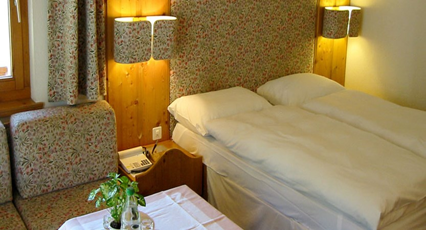 Switzerland_Saas-Fee_Walliserhof Grand Hotel & Spa_Double-bedroom2.jpg