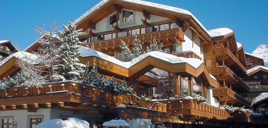 Switzerland_Saas-Fee_Walliserhof Grand Hotel & Spa_Exterior-winter.jpg