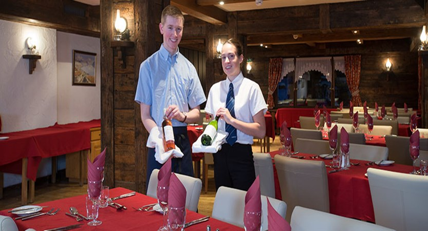 switzerland_verbier_xtra-chalet-de-verbier_chalet-staff-restaurant.jpg