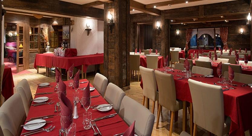 switzerland_verbier_xtra-chalet-de-verbier_dining-room.jpg
