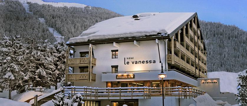 Switzerland_Verbier_Hotel-Vanessa_Exterior-winter.jpg