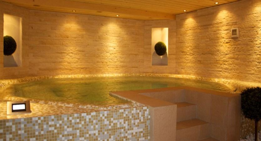 Switzerland_Verbier_Hotel-Vanessa_Whirlpool.jpg