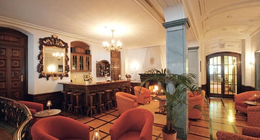 Switzerland_Zermatt_Grand_Hotel_Zermatterhof_bar.jpg