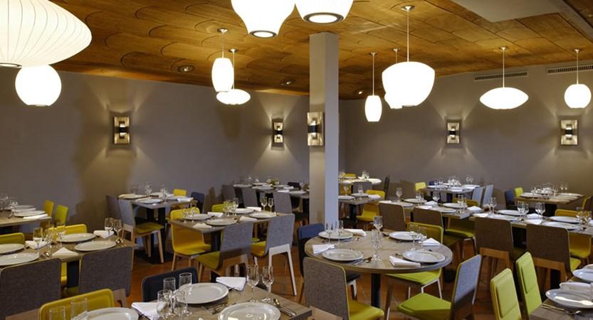 Switzerland_Zermatt_Ambassador-suites_Restaurant.jpg