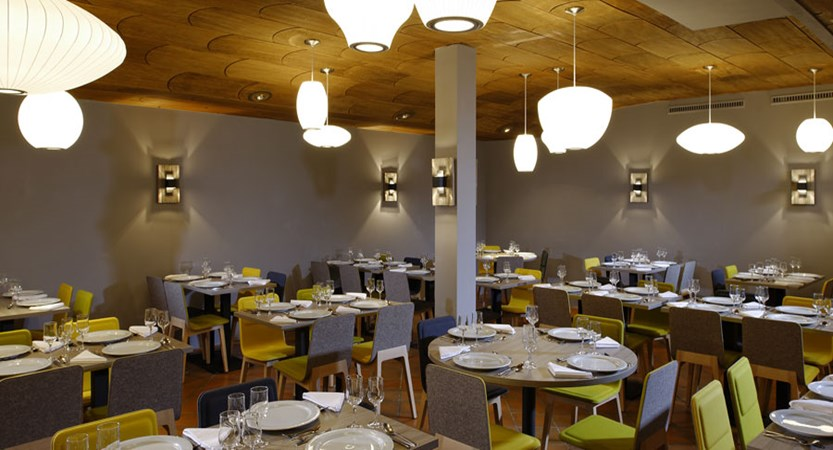 Switzerland_Zermatt_Hotel-Ambassador_Restaurant.jpg