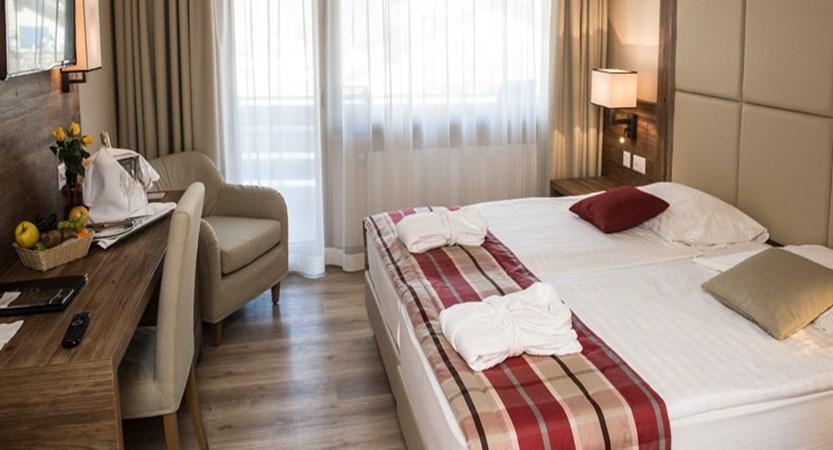 Switzerland_Zermatt_Hotel-Ambassador-Double-bedroom-new.jpg