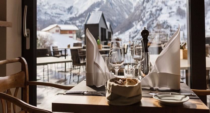 switzerland_zermatt_hotel-schonegg_restaurant2.jpg