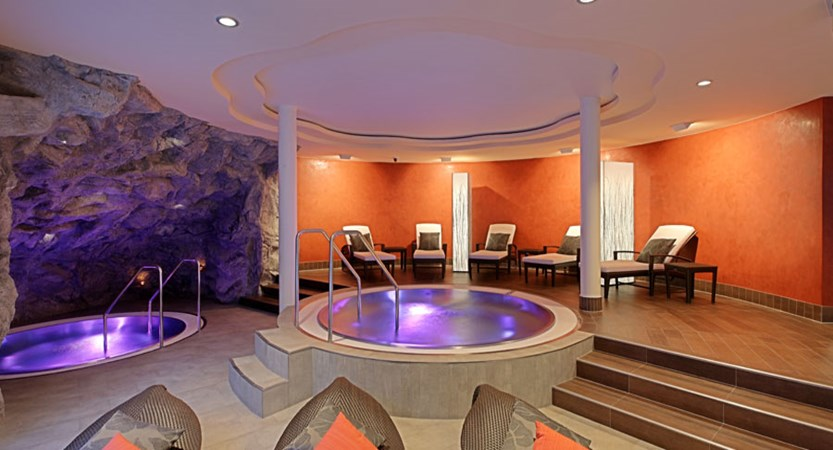 Switzerland_Zermatt_Parkhotel-Beau-Site_Whirlpool.jpg