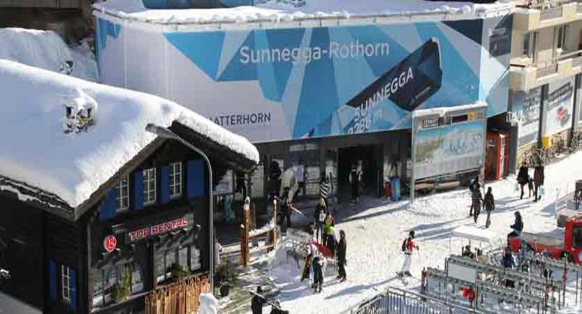 switzerland-zermatt_ski-rental-shop.jpg