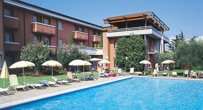 Hotel Oliveto, Desenzano, Lake Garda, Italy - Swimming Pool.jpg