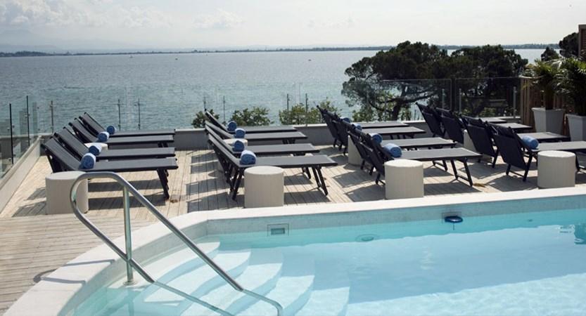 Hotel Park, Desenzano, Lake Garda, Italy - rooftop pool.jpg