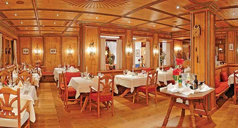 hotel-alpina-sonnberg_restaurant.jpg