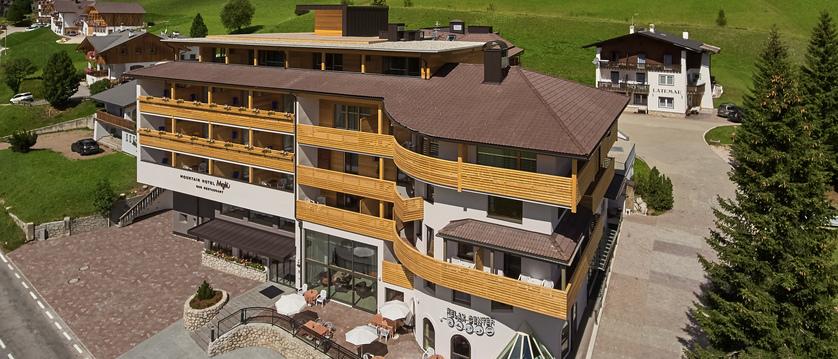 Hotel Mezdi.jpg