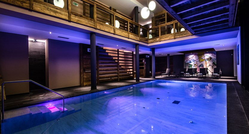 Hotel Christiania, La Villa, Italy, Indoor pool by night.jpg