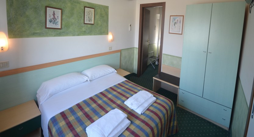 Hotel Astoria, Desenzano, Italy - Bedroom.JPG