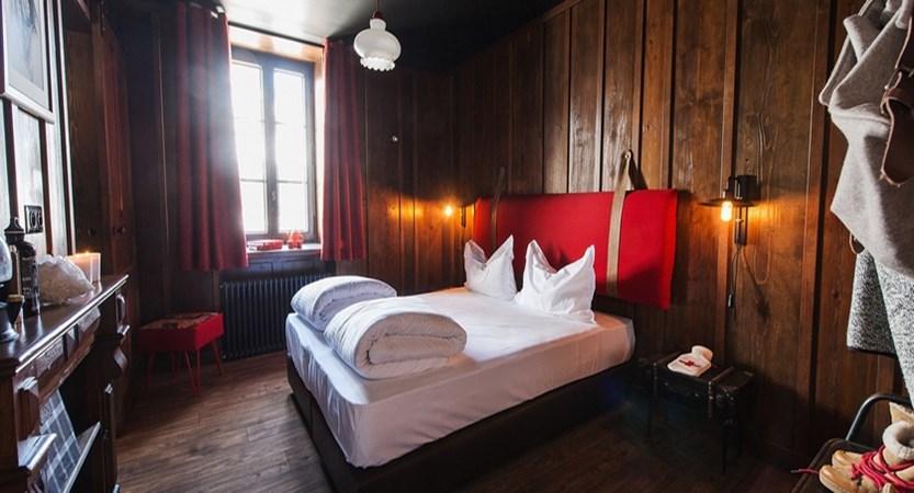 france_chamonix_refuge_de_montenvers_bedroom2.jpg
