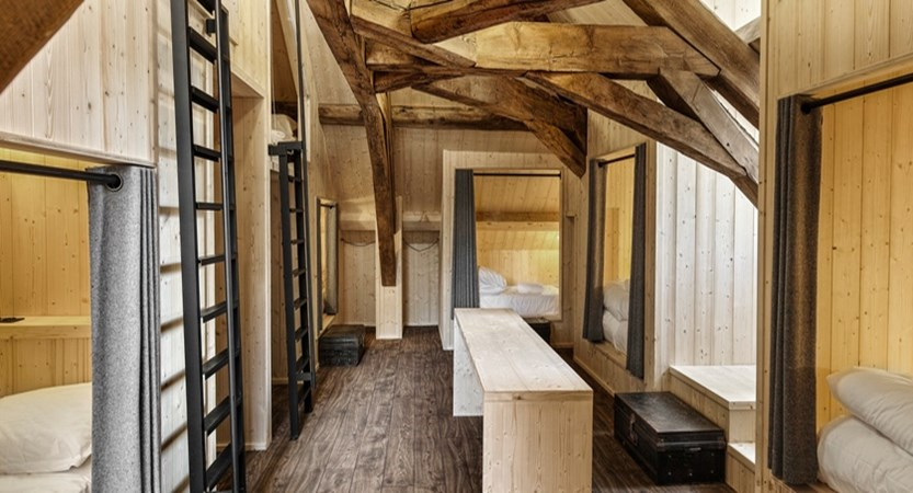 france_chamonix_refuge_de_montenvers_family-room.jpg