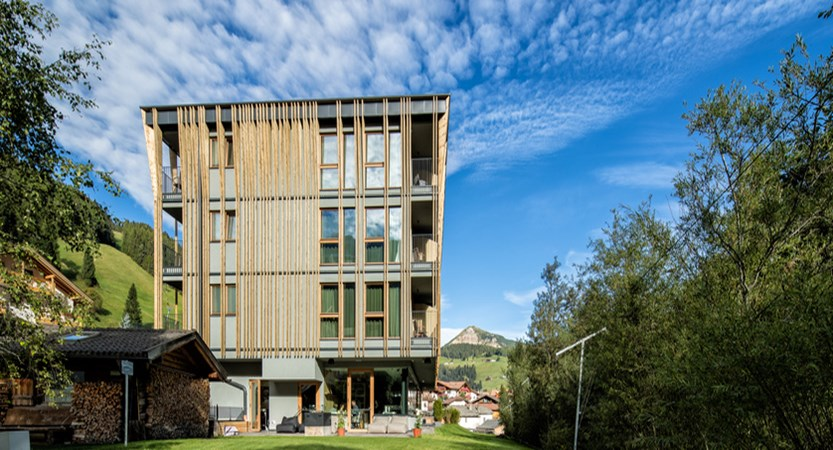 mountain-design-hotel-eden-exterior-2 - Copy.jpg