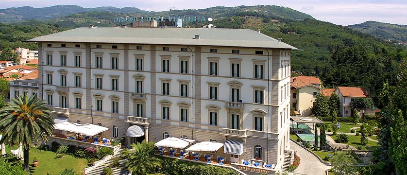 grand-hotel-vittoria-exterior.jpg