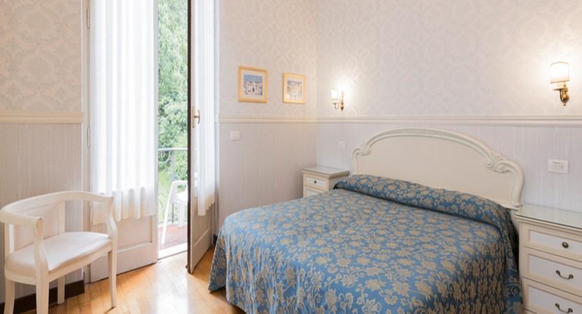 hotel-du-parc-bedroom.jpg