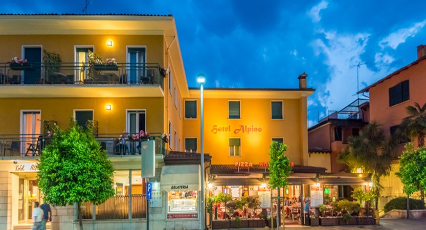 hotel-alpino-exterior-by-night.jpg