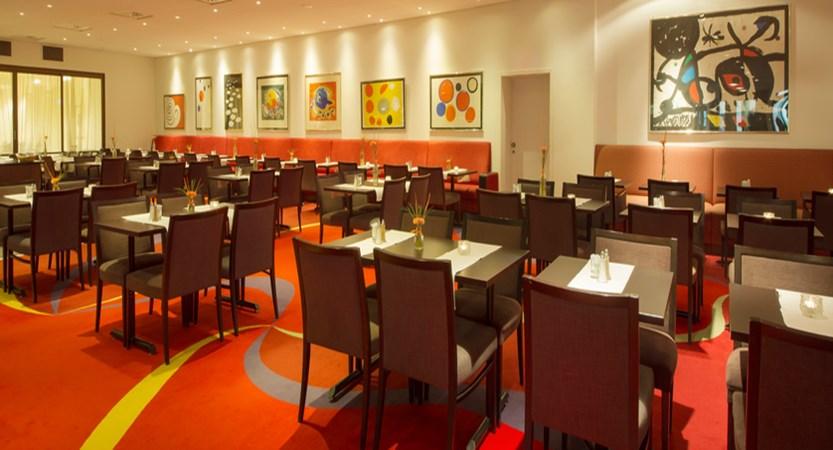 norway_alesund_scandicparken_restaurant.jpg