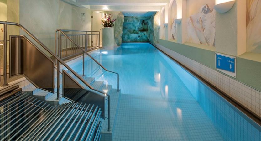 hallenbad-2_sunstar-hotel-saas-fee-schweiz_original_7558.jpg