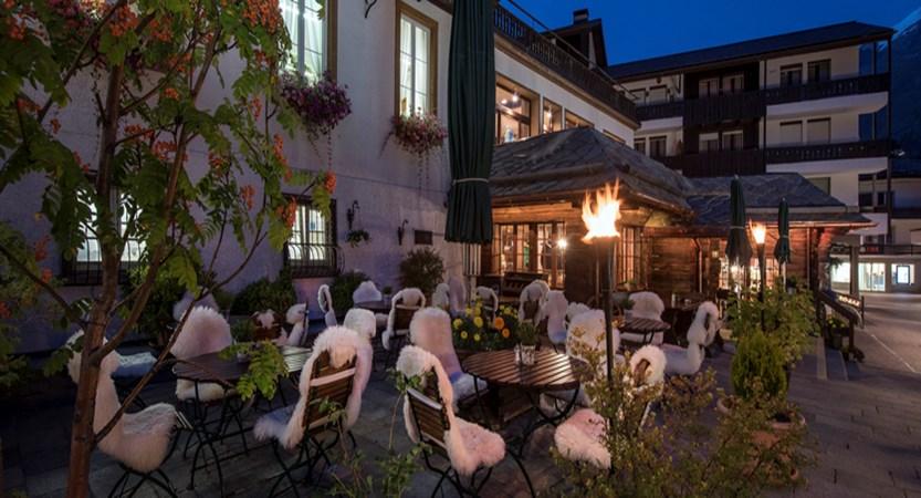 restaurant-la-ferme_terrasse_sunstar-hotel-saas-fee-schweiz_original_7549.jpg