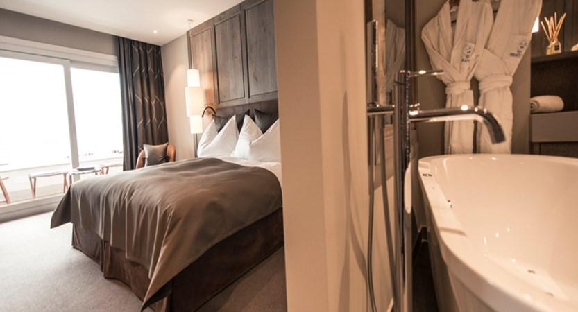 Room with Ensuite.jpg