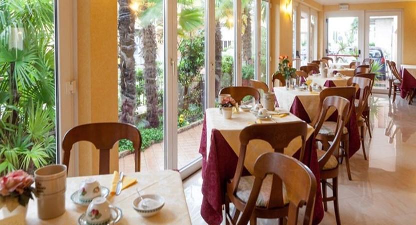 Hotel Bologna Dining Room.jpg