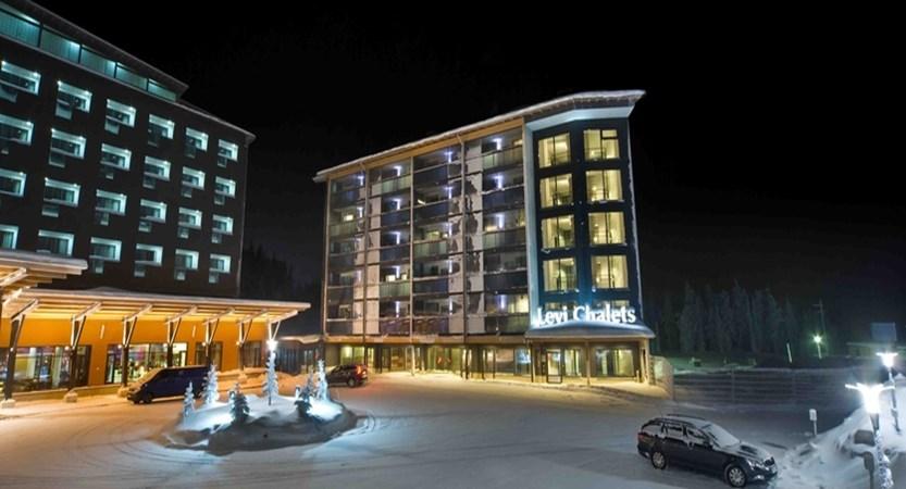 Lapland_Levi_HotelPanorama_Exterior night.jpg