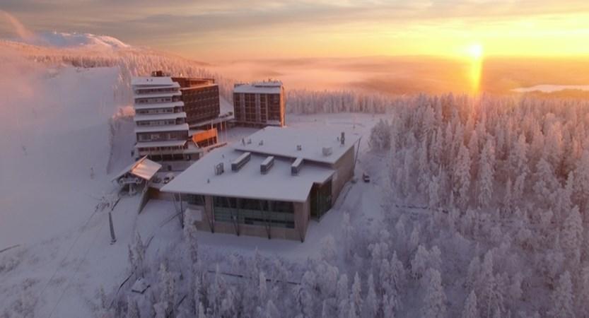 Lapland_Levi_HotelPanorama_ExteriorSunset.jpg