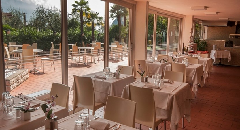 Royal Village Restaurant.jpg