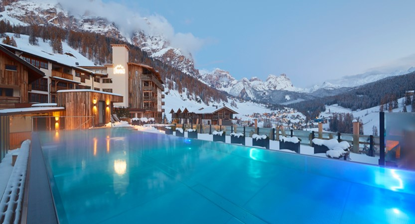 Italy_San-cassiano_Hotel-fanes_Rooftop_Pool.jpg