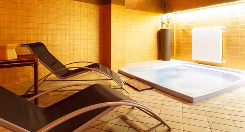 Hotel Cristallo, Sestriere - Whirlpool.jpg