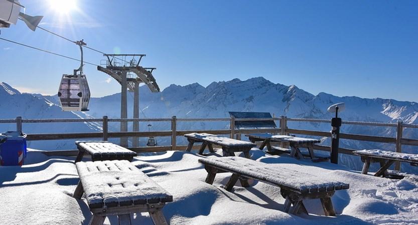 Ski area2.jpg
